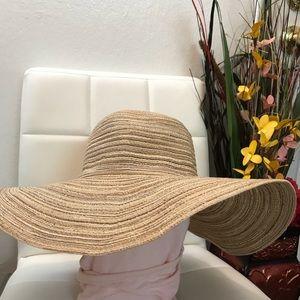 Accessories - Pretty yellow hat 🌻